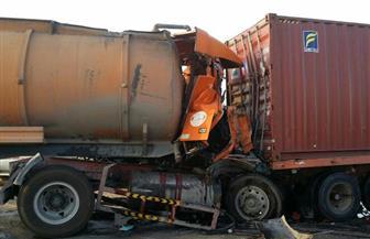 مصرع وإصابة 4 مواطنين في تصادم بين شاحنتين على الصحراوى الغربي بالأقصر