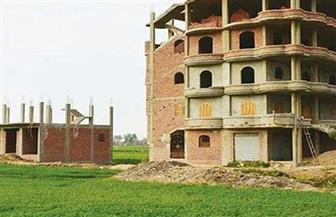 جهاز التفتيش بالإسكان يكشف عقوبة البناء على الأراضي الزراعية