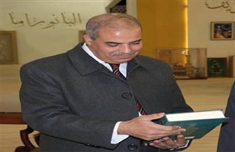 رئيس جامعة الأزهر يتفقد جناح الأزهر الشريف بمعرض القاهرة الدولي للكتاب | صور