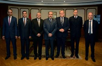 وزير الطيران يستقبل سفير ألمانيا بالقاهرة واستئناف خط دوسلدورف الصيف المقبل