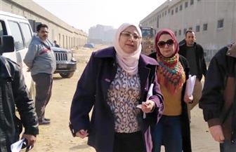 نائبة محافظ القاهرة تزور منطقة الزرايب المتضررة من موجة الطقس السيئ