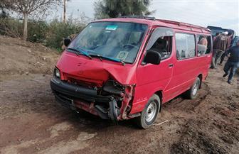 إصابة 9 أشخاص في انقلاب ميكروباص بطريق الحامول - بلطيم | صور