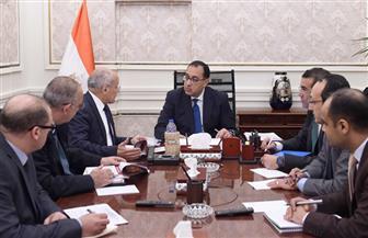 رئيس الوزراء يتابع مع وزير الدولة للإنتاج الحربي تنفيذ مشروع إنتاج الألواح الشمسية