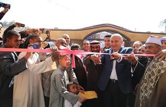 محافظ قنا يفتتح المسجد الجديد بـ«الشيخ علي شرق» في دشنا | صور