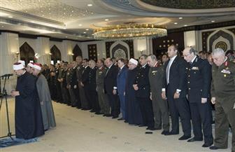وزيرا الداخلية والأوقاف والمفتي يؤدون صلاة الجمعة بمسجد الشرطة