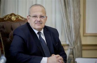 رئيس جامعة القاهرة يعلن 90 منحة مجانية كاملة لأوائل الثانوية العامة