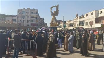 مسيرات لأهالي قنا احتفالا بثورة يناير وعيد الشرطة