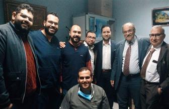 خبير مصري عالمي يجري عملية نادرة في وحدة الأشعة التداخلية بمستشفيات جامعة الزقازيق