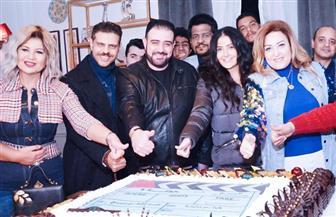 """غادة عبدالرازق تحتفل ببدء تصوير أحدث أفلامها """"حفلة 9"""".. وتكشف سر """"طرحة الزفاف""""  صور"""