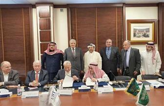 محلب يشهد توقيع عقد بين «المقاولون العرب» وجامعة الأعمال والتكنولوجيا بالسعودية