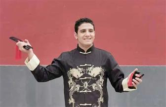 أول مصري يحترف فن المونولوج الصيني: هدفي تعريف المصريين بعادات وأسلوب حياة الصينيين   صور