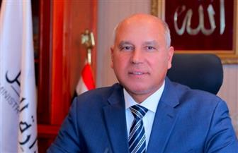 """وزير النقل: """"مش هنشيل الأسفلت بالبلدوزر تاني"""""""