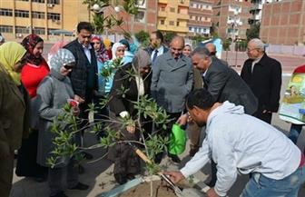 جامعة الزقازيق تحتفل بيوم البيئة الوطني بغرس شجرة بكلية التربية الرياضية
