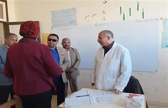 الكشف على 396 مواطنا في قوافل طبية مجانية بالقصير ومرسى علم | صور