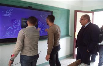 «تعليم مطروح»: تركيب الشاشات التعليمية التفاعلية بمدرسة طه ساطور الثانوية | صور