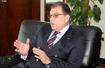 """حاتم باشات: إفريقيا القارة الذهبية """"مليئة بالفرص"""".. ونحتاج وزيرا للشئون الإفريقية"""
