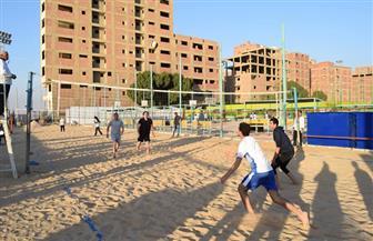 جامعتا سوهاج والقاهرة تحصدان المركز الأول بمسابقة الكرة الطائرة الشاطئية بملتقى الصيدلي | صور