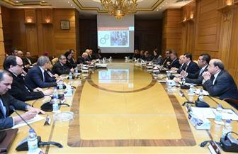 """تفاصيل اجتماع أربعة وزراء في """"الإنتاج الحربي"""" للاتفاق علي تصنيع السيارات الكهربائية  صور"""