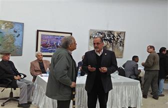 أبو المعاطي: قد تمد انتخابات التشكيليين للسابعة مساءً.. ولو لم يكتمل النصاب بعدها سنكتفي بالـ10% | صور