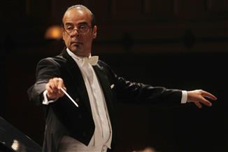 يسى يعزف كونشيرتو بيتهوفن الرابع للبيانو بقيادة عباسي في الأوبرا