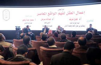 عمرو شريف: الإعلام له دور كبير في حماية الشباب من السقوط في براثن الإلحاد | صور