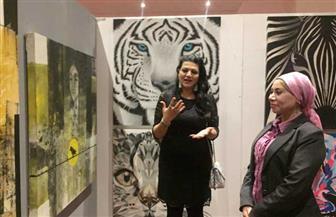 نائبة محافظ البحر الأحمر تفتتح معرض صالون مصر الدولى للفنون بالغردقة| صور