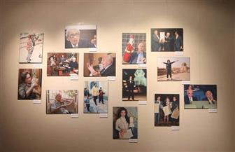 """بسام الزغبي يكشف عن تعدد الأقنعة بمعرضه """"ذات الألف وجه"""" بقاعة الباب"""