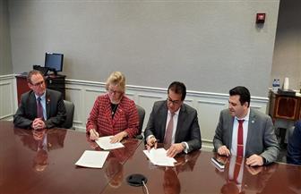 وزير التعليم العالي يوقع مذكرة تفاهم للشراكة بين جامعة لويفل مع جامعة العلمين | صور