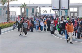 مظاهرة ثقافية في الجمعة الأخيرة لمعرض القاهرة للكتاب | صور