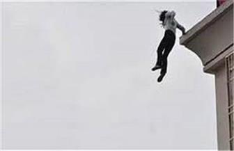 النيابة تأمر بتشريح جثة فتاة سقطت من أعلى سطح منزلها في السلام