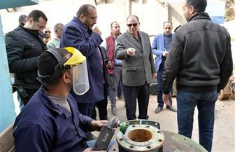 محافظ أسيوط يتفقد ورشة المحابس بشركة مياه الشرب | صور