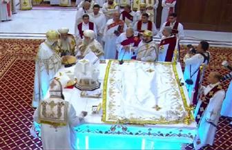 رجال الدولة وكبار المسئولين يشاركون الأقباط احتفالهم بعيد الميلاد