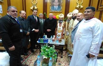 محافظ بورسعيد يهنئ الإخوة الأقباط بعيد الميلاد المجيد | صور
