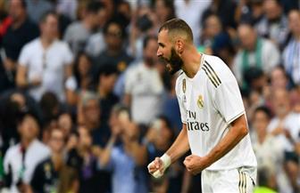 كريم بنزيما يثير الجدل.. هل يرتدي ريال مدريد قميصا بالعربية اليوم؟