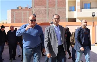نائب وزير الإسكان يتفقد مشروعات مياه الشرب والصرف الصحي بمحافظة البحر الأحمر  صور