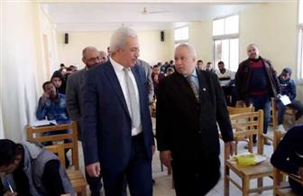 نائب رئيس جامعة الأزهر يتفقد لجان امتحانات كلية الدراسات الإسلامية للبنين بأسوان | صور