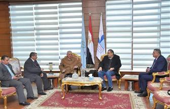 رئيس جامعة كفرالشيخ يستقبل رئيس مركز البحوث الزراعية لبحث التعاون المشترك | صور