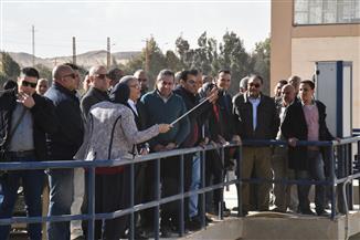 وزير الإسكان والقاضي يختتمان جولة استمرت 5 ساعات بمحافظة المنيا | صور