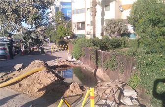 غرق منطقة سكنية بكورنيش النيل بعد انفجار خط مياه شرب بأسوان | صور