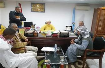 رئيسة مدينة سفاجا تشكل لجنة لحل مشكلات أهالي قرية النصر | صور