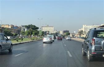 النشرة المرورية للعاصمة.. كثافات مرورية متوسطة بعدد من المحاور| صور