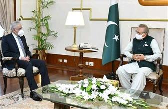 رئيس جمهورية باكستان يستقبل السفير المصري | صور