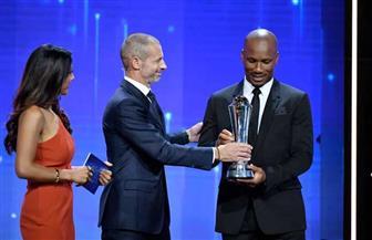 تكريم دروجبا بجائزة رئيس الاتحاد الأوروبي لأساطير كرة القدم