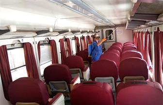 «السكك الحديدية» تواصل أعمال تعقيم المحطات والقطارات لمواجهة «كورونا» | صور