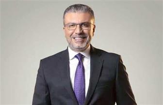 """قنوات """"الحياة"""" تعلن عودة برنامج عمرو الليثى """"واحد من الناس"""""""