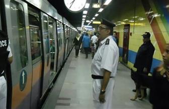 الداخلية تشن حملات لإزالة الإشغالات وضبط الباعة الجائلين بمحطات مترو الأنفاق
