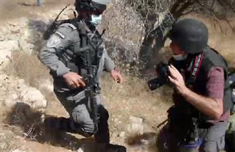 جنود إسرائيليون يعتدون على صحفيين فلسطينيين شمال رام الله