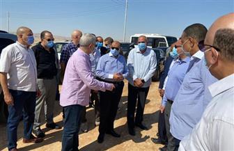 وزير التنمية المحلية ومحافظ الأقصر يتفقدان طريق وادي الملوك | صور