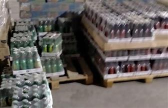 ضبط 22 ألف عبوة مياه غازية فاسدة داخل مصنع ببرج العرب