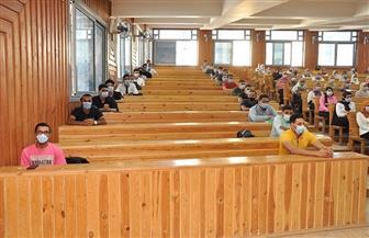 رئيس جامعة كفر الشيخ يشدد على تطبيق الإجراءات الاحترازية | صور